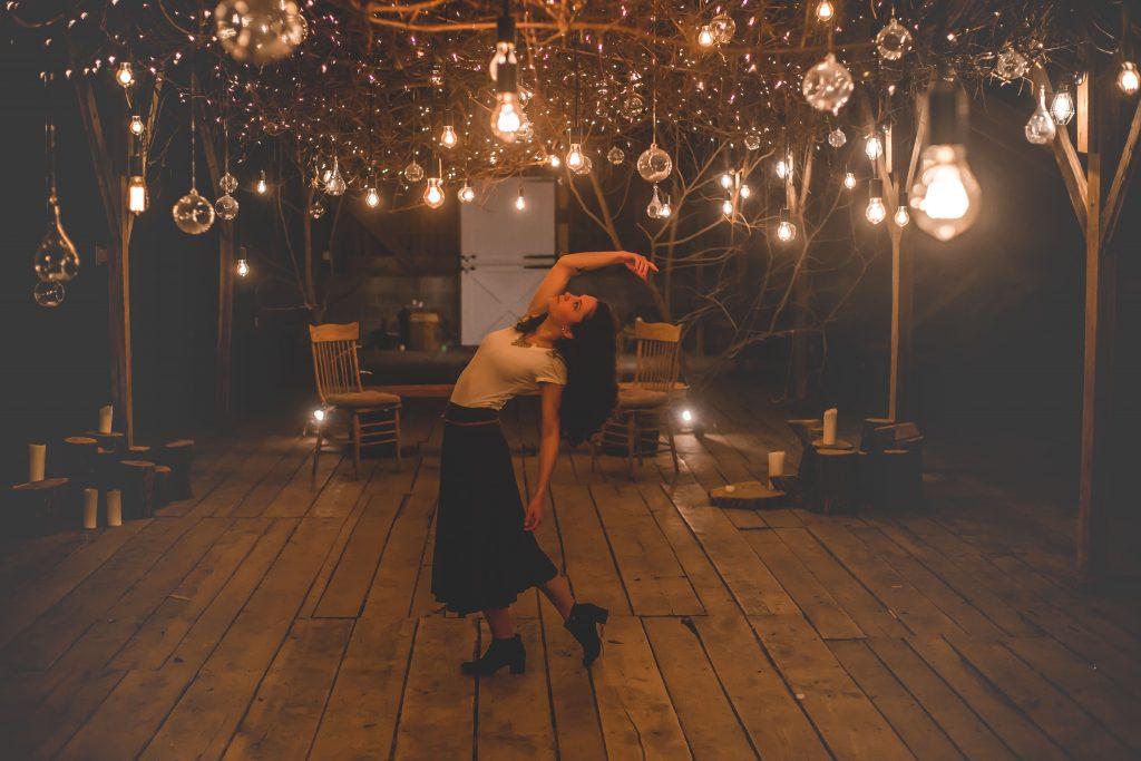13 Gorgeous Wedding Decoration Ideas That Will Illuminate Your Venue 12