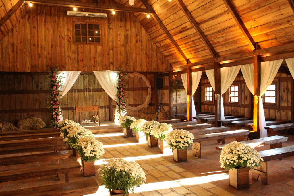 13 Gorgeous Wedding Decoration Ideas That Will Illuminate Your Venue 1