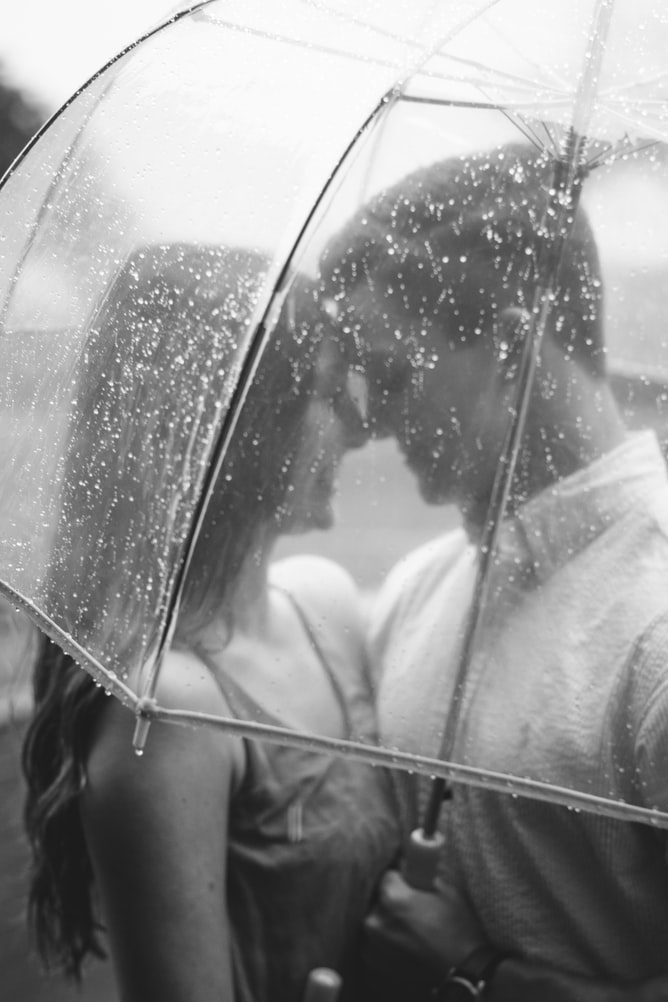 20 Stunning Pre Wedding Photoshoot Ideas for a Picture-Perfect Wedding Album 8
